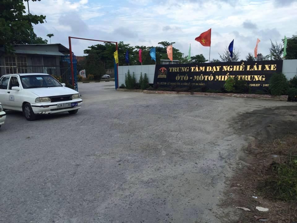 trung tâm đào tạo lái xe miền trung đà nẵng