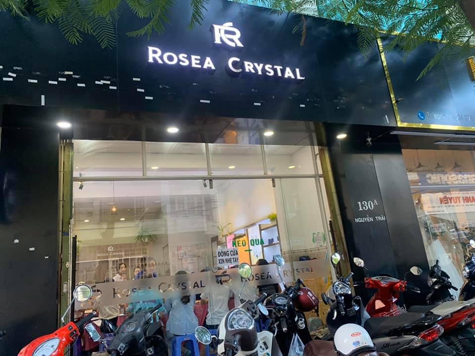 mỹ phẩm hàn quốc chính hãng tại nha trang Rosea Crystal
