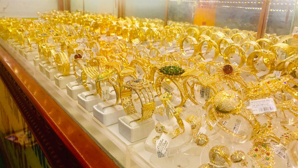 tiệm vàng ở bình dương