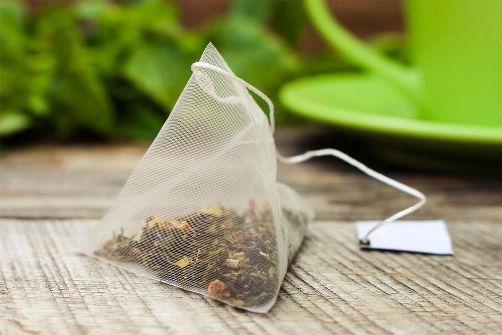 khử mùi tủ lạnh bằng cà phê trà